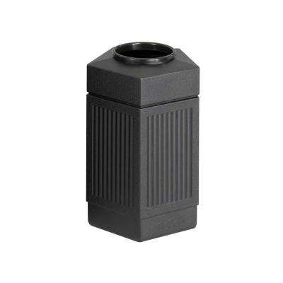 30 Gal. Indoor/Outdoor Pentagon Shape Receptacle