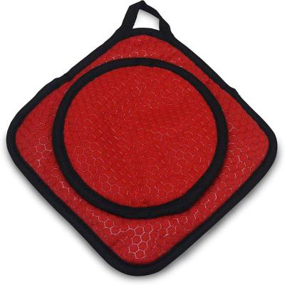 Red Grab and Grip Pot Holder/Trivet