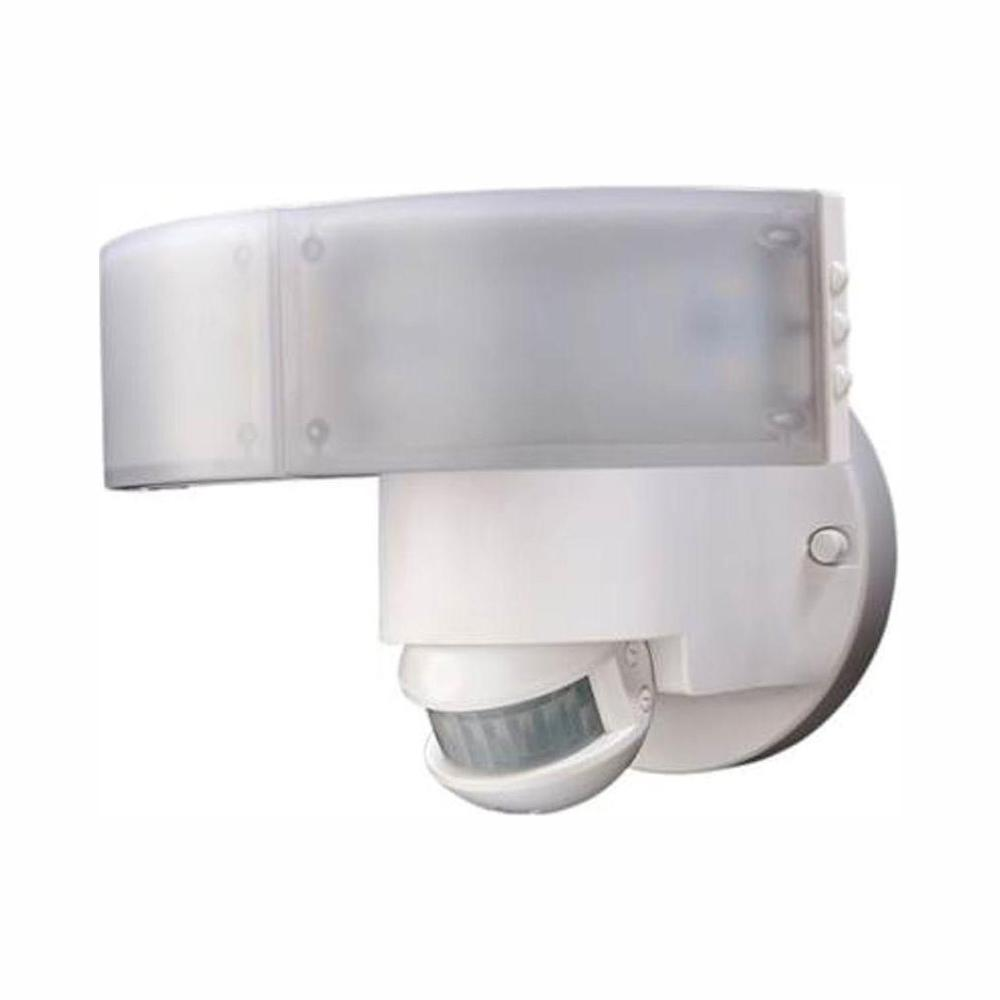 Defiant Defiant 180 Degree White LED Motion Outdoor Security Light