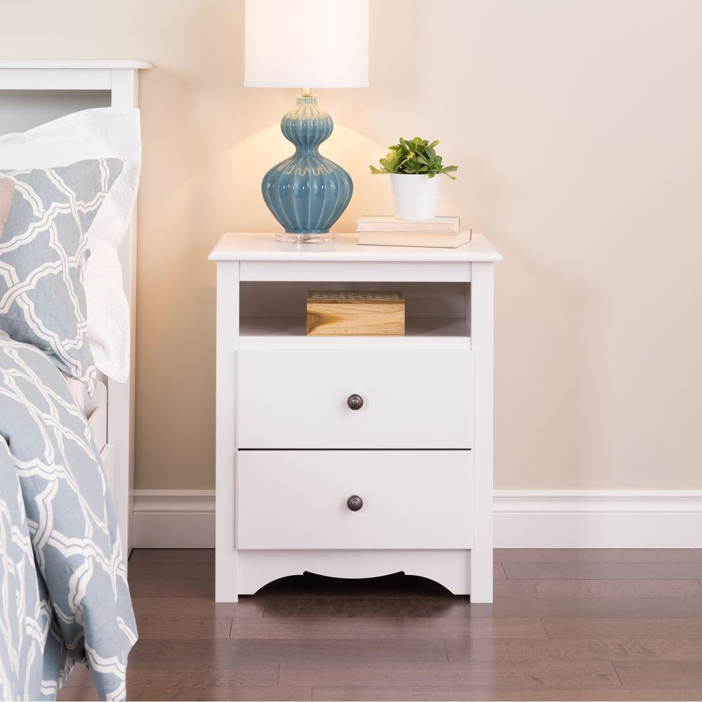 Generous Set Of 2 White Bedside Tables With 2 Drawers And Shelf Home & Garden