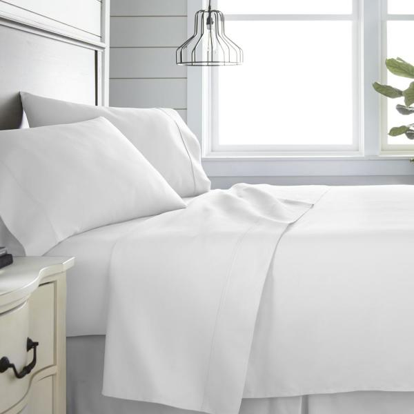 Becky Cameron 4-Piece White 300 Thread Count Cotton King Bed Sheet