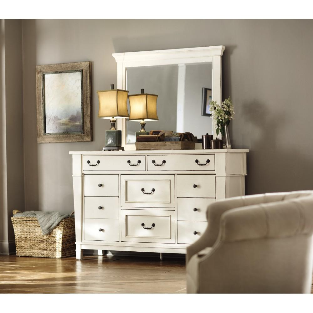 Beau Bridgeport 8 Drawer Antique White Dresser