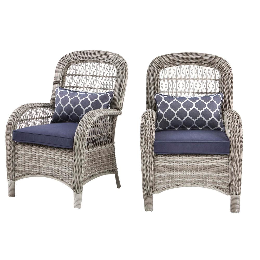 Hampton Bay Beacon Park Gray Wicker Outdoor Captain Dining Chair with Midnight Cushions (2-Pack)