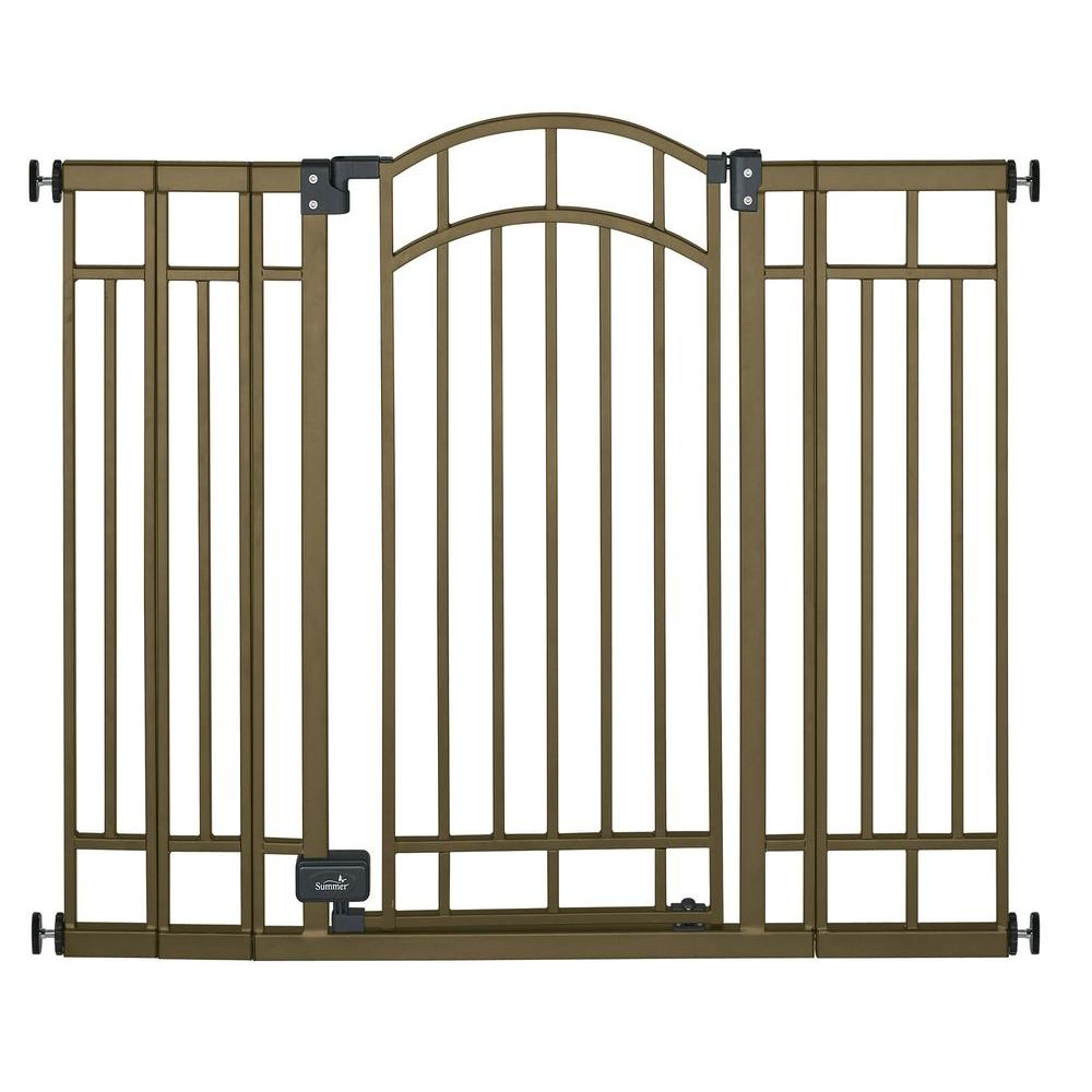 Summer Infant 36 in. Swing-Closed Child Safety Gate