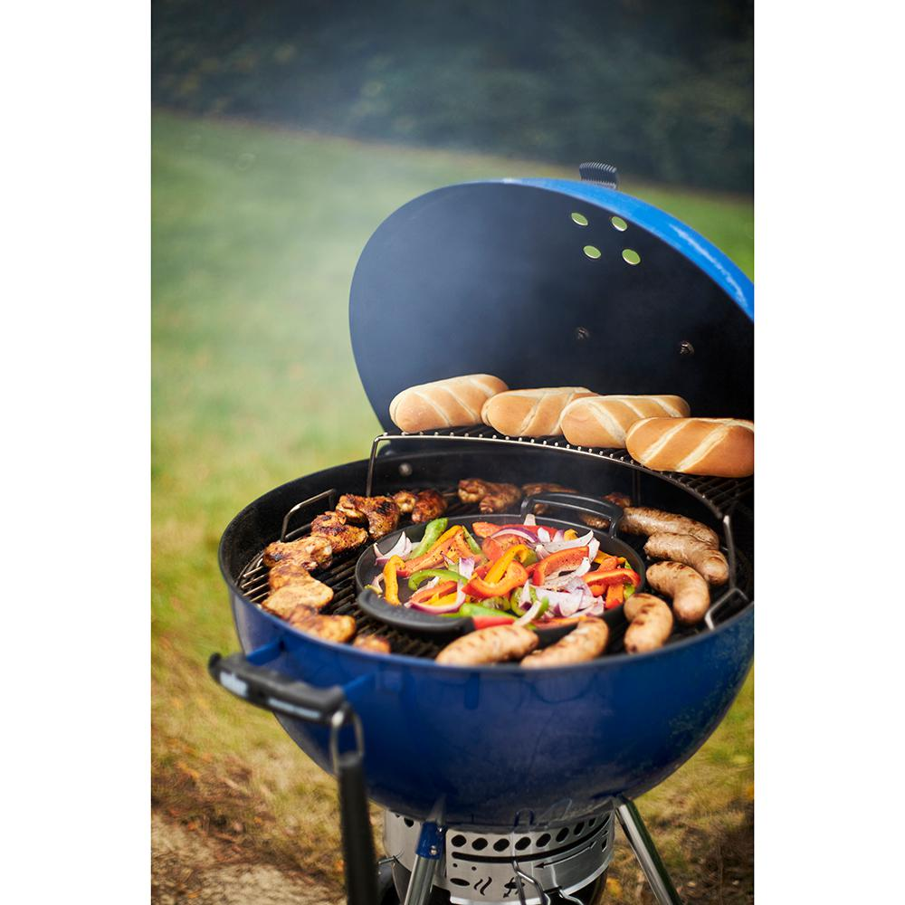Weber 22 In Master Touch Charcoal Grill In Deep Ocean Blue With Built In Thermometer 14516001 The Home Depot