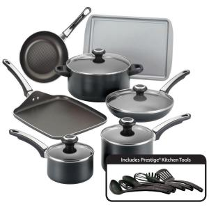 Farberware High Performance 17-Piece Black Cookware Set with Lids by Farberware