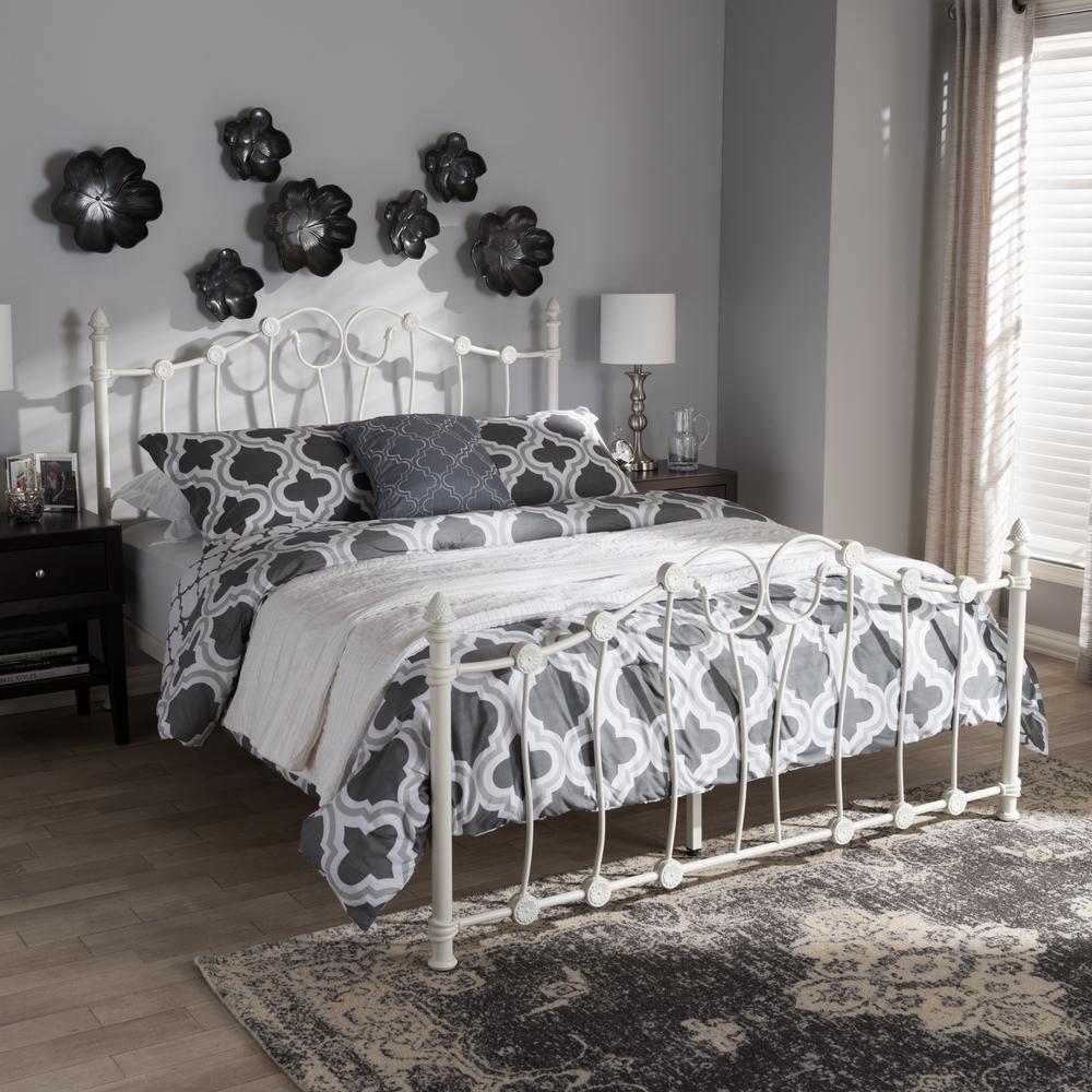 Darcy White Metal Queen Platform Bed