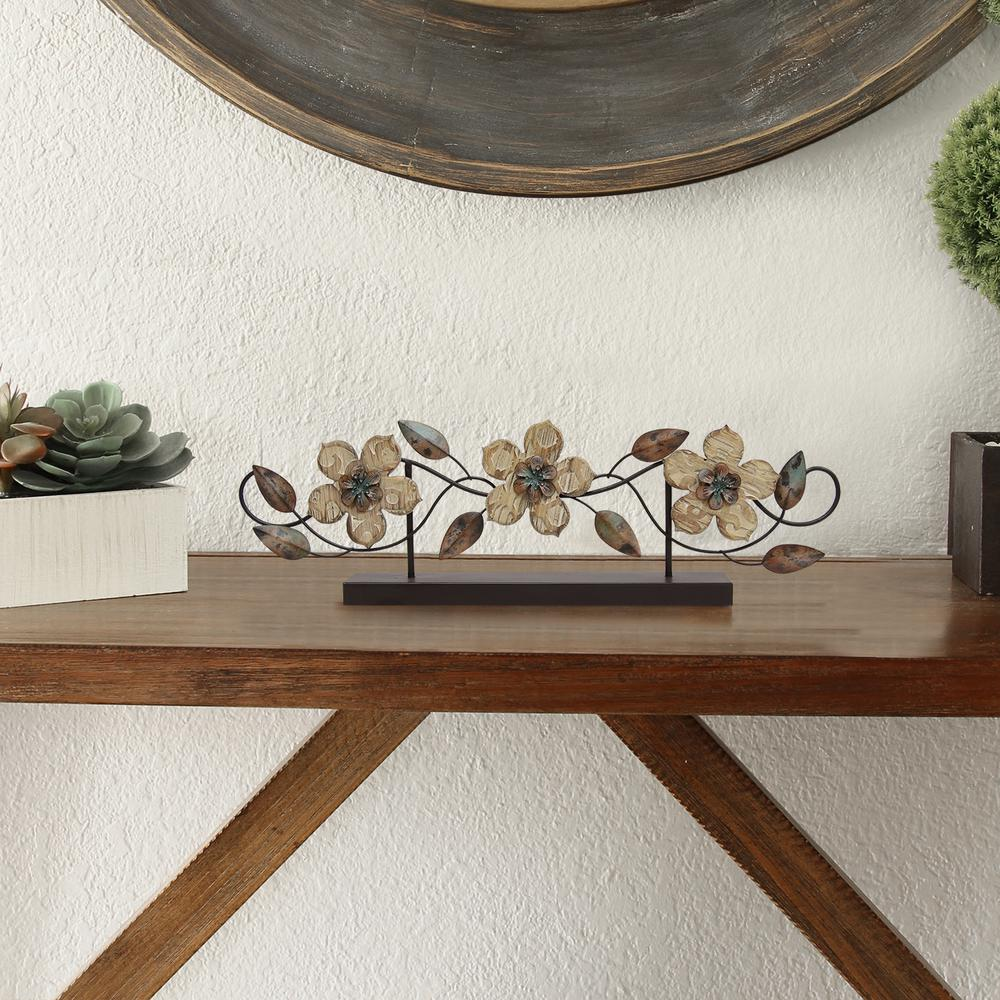 Stratton Home Decor Stamp Wood Flower Table Top S07669