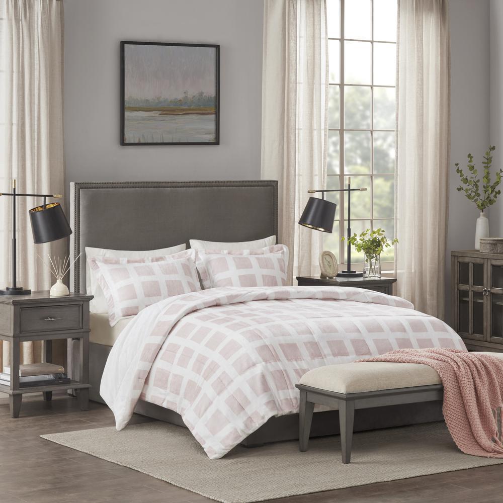 Mills 3-Piece Blush Full/Queen Plush Comforter Set