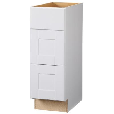 Shaker bath cabinets in white kitchen the home depot for Hampton bay cabinet accessories