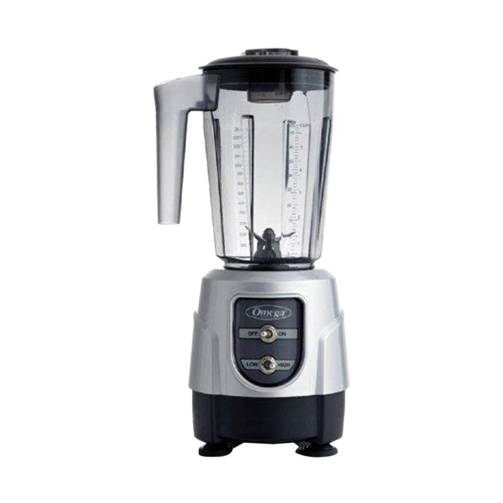 Commercial Blender, Silver Combining control and capacity is what Omega blenders do best. A compact base incases an efficient 1 HP motor engineered to mix a variety of ingredients into creams, soups, smoothies and iced beverages with ease. Find the ideal balance between blending options and operating efficiency with an Omega blender. Ideal for cafes, smoothie shops, bars, and home kitchens. Color: Silver.