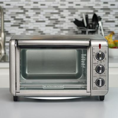 BLACK+DECKER-1500 W 6-Slice Black and Silver Convection Toaster Oven