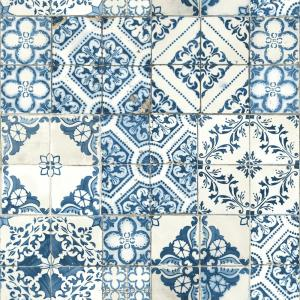 28.18 sq. ft. Mediterranian Tile Peel and Stick Wallpaper