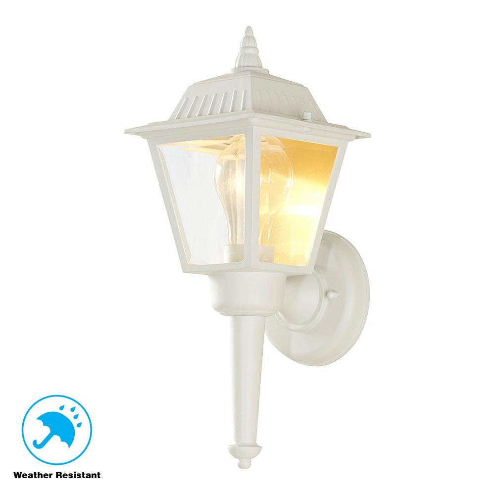Hampton Bay 1 Light White Outdoor Wall Lantern Sconce Hw 5004 The Home Depot