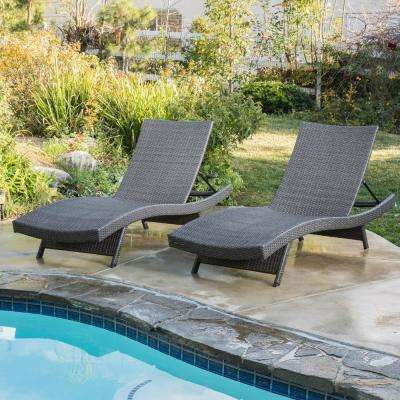 Salem Grey 2-Piece Wicker Outdoor Chaise Lounge