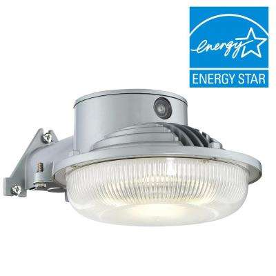 LED Dusk to Dawn Single-Head Gray Outdoor Flood Light