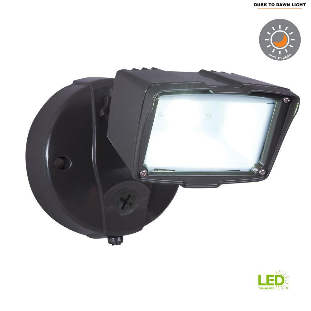 4f5484486ffb3 This review is from Bronze Outdoor Integrated LED Small Single-Head  Security Flood Light with Dusk to Dawn Photocell Sensor