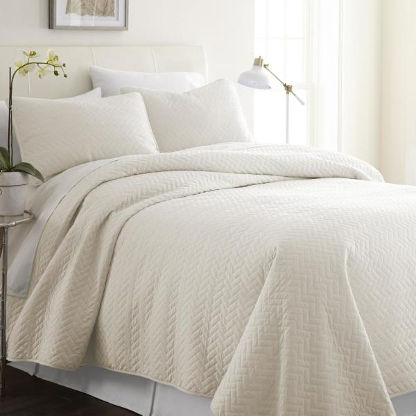 Becky Cameron Herring Ivory Twin Performance Quilted Coverlet Set IEH-QLT-HE-T-IV