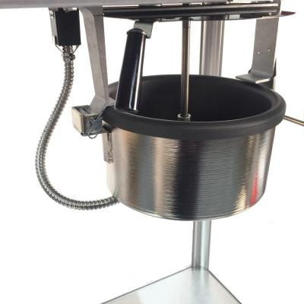 Paragon-1911 Original 8 oz. Black Chrome Countertop Popcorn Machine