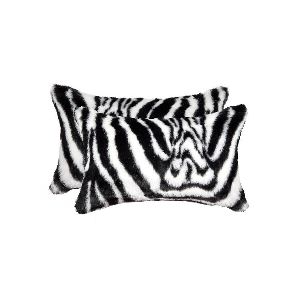 Belton Denton Zebra Black and White 12 in. x 20 in.