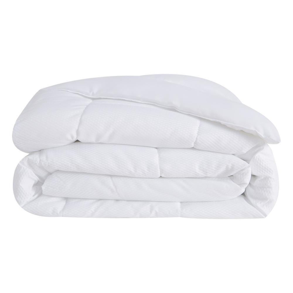 White Embossed Dot Seersucker Full/Queen Polyester Down Alternative Comforter