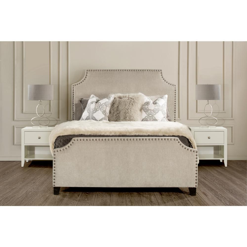 Deckland Ash Velvet King Bed