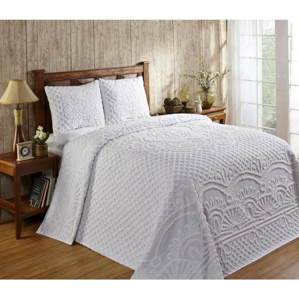 Trevor Collection in Geometric Design White King 100% Cotton Tufted Chenille Bedspread Set