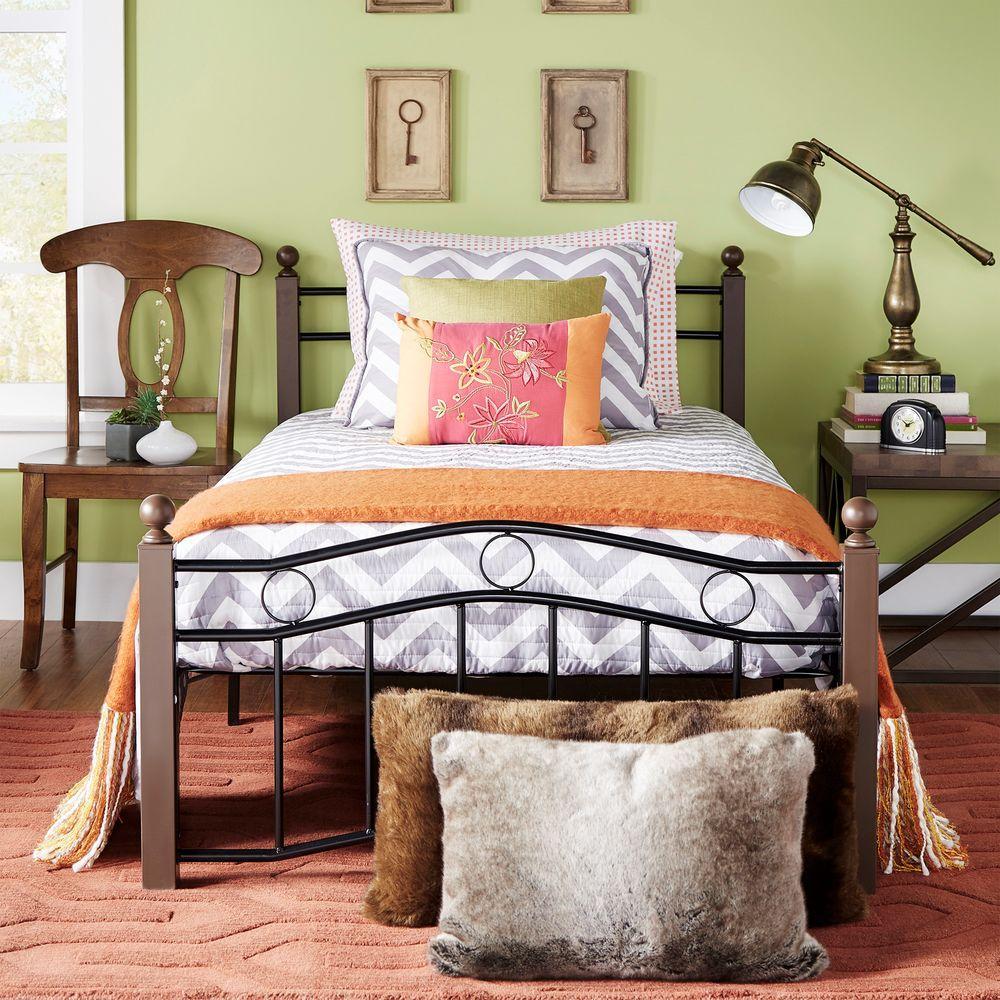 Dahlia Black and Brown Full Platform Bed
