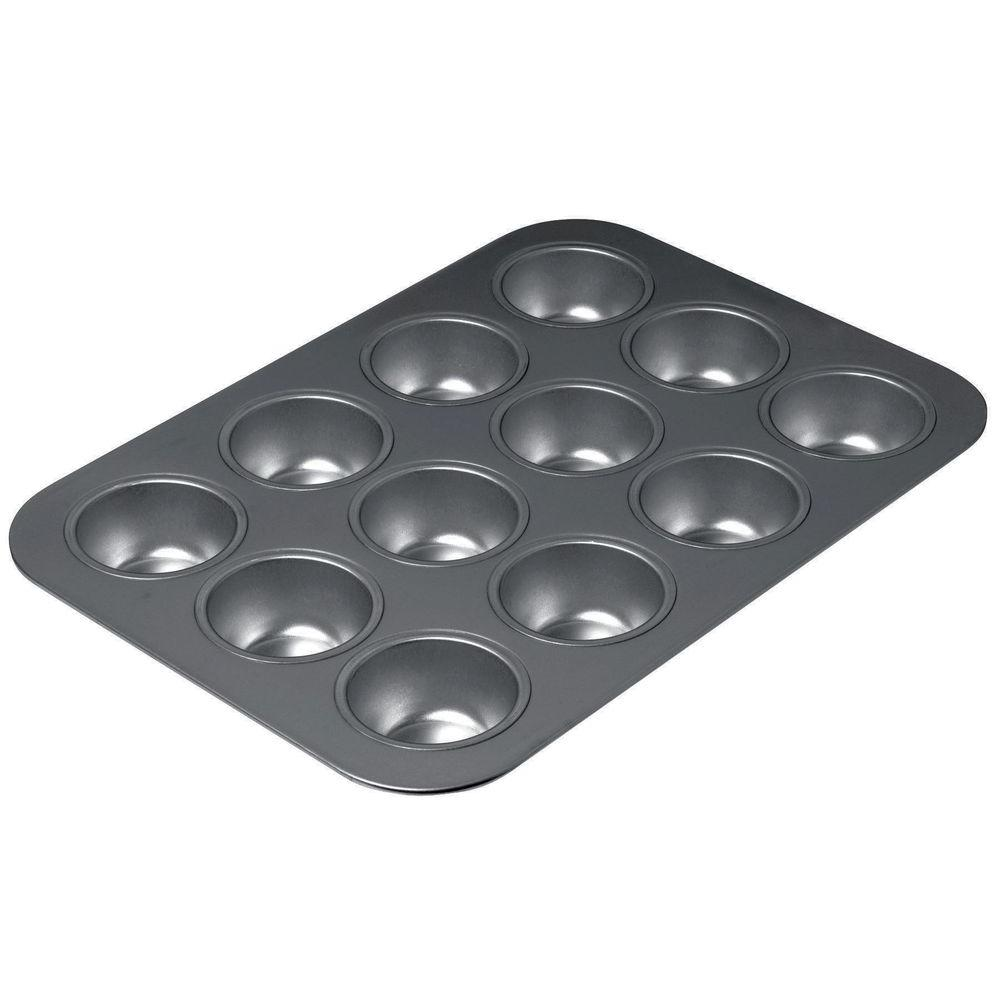 16614 15-3/4 x 13-3/4 in. Chicago Metallic Non Stick Cookie Sheet