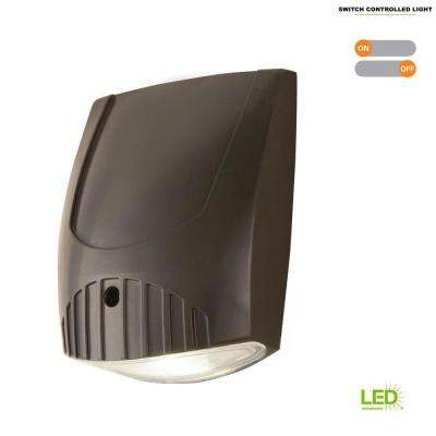 Bronze Integrated LED Outdoor Wall Pack Light with 1000 Lumens, 5000K Daylight