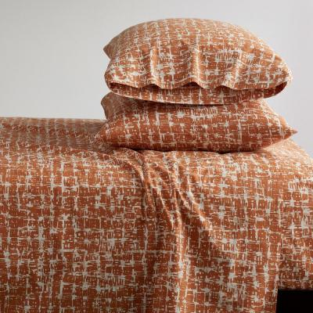 Brexton 3-Piece 200 Thread Count Cotton Percale Twin XL Sheet Set in Terracotta