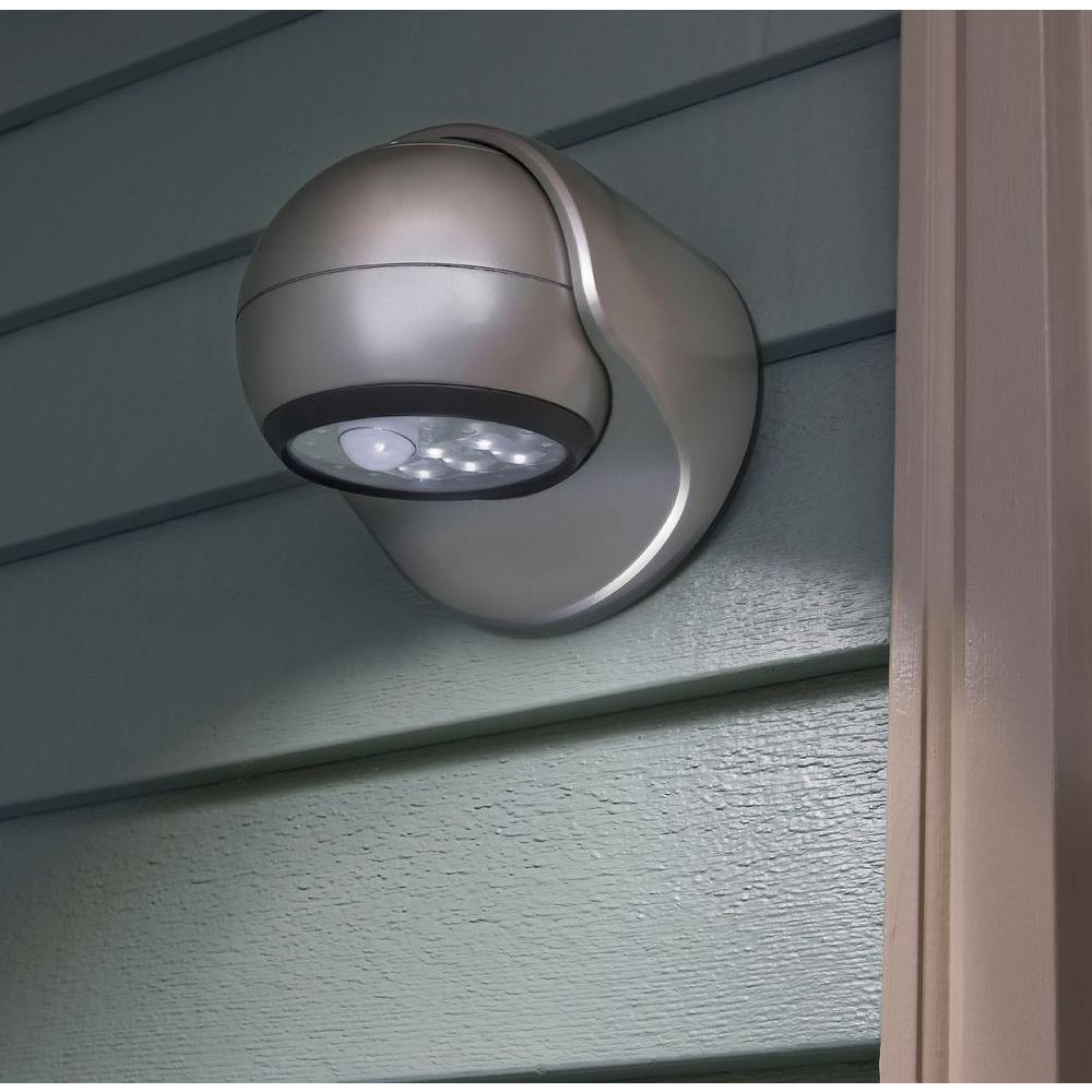 6 LED Wireless Motion Activated Porch Light Auto On Off Plastic Fixture Silver