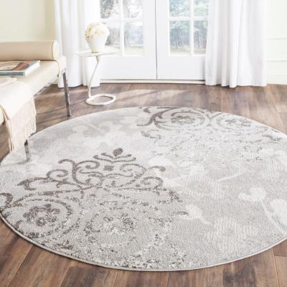 Adirondack Silver/Ivory 6 ft. x 6 ft. Round Area Rug