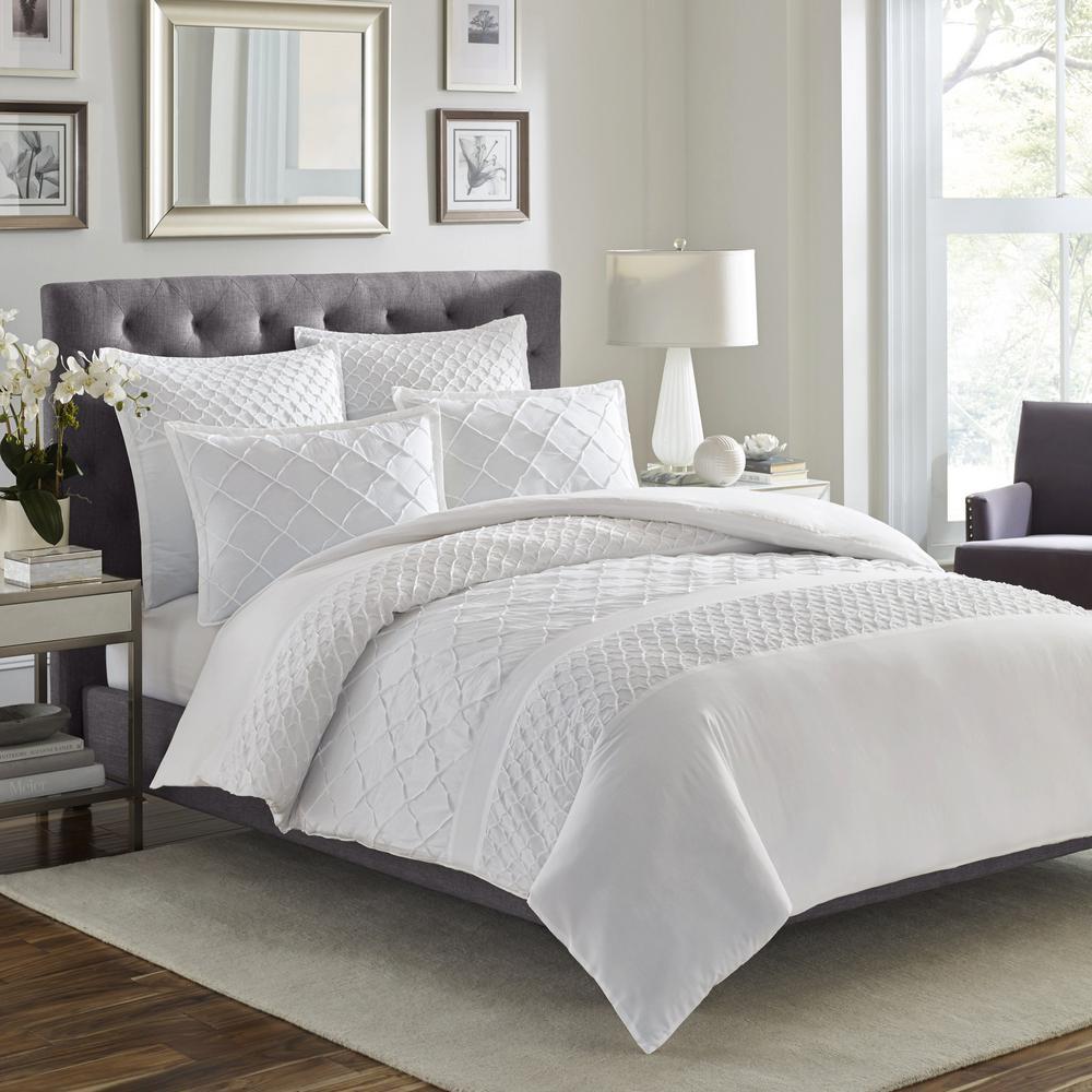 Mosaic 3-Piece White King Comforter Set