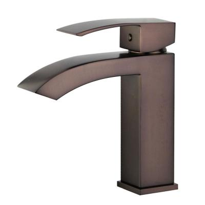 Cordoba Single Hole Single-Handle Bathroom Faucet with Overflow Drain in Oil Rubbed Bronze