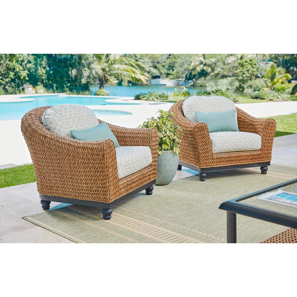 Camden Light Brown 5-Piece Wicker Outdoor Chat Set with Sunbrella Fretwork Flax Cushions