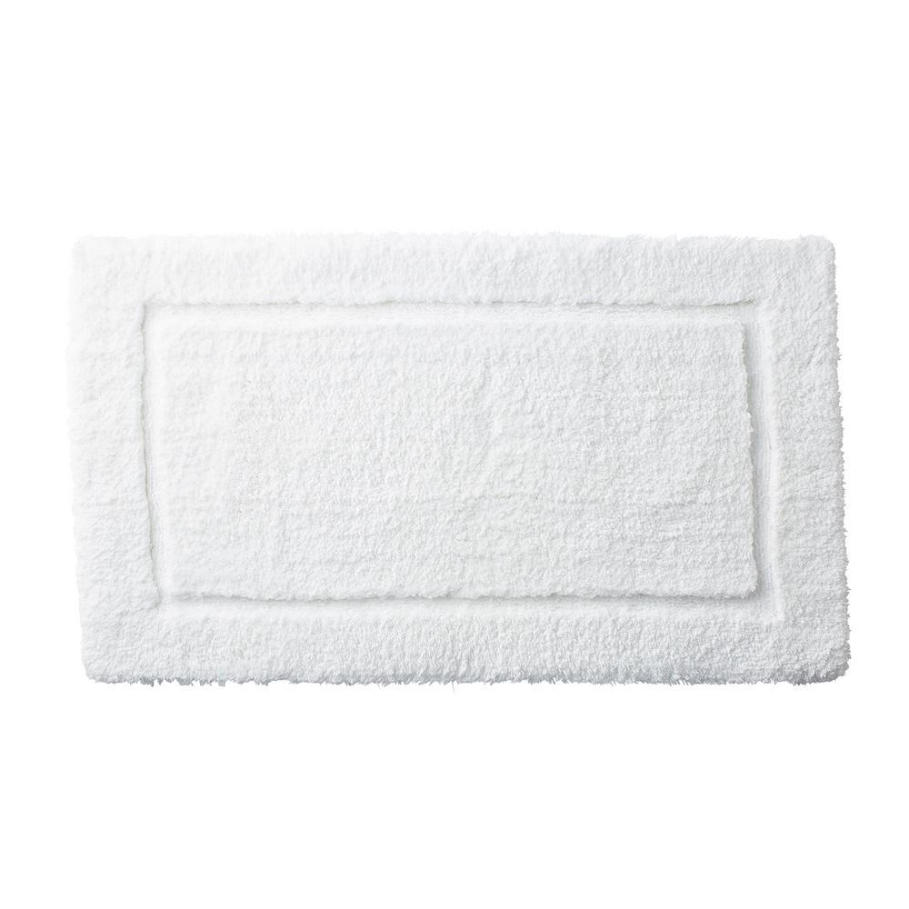 Legends White 40 in. x 24 in. Cotton Bath Rug