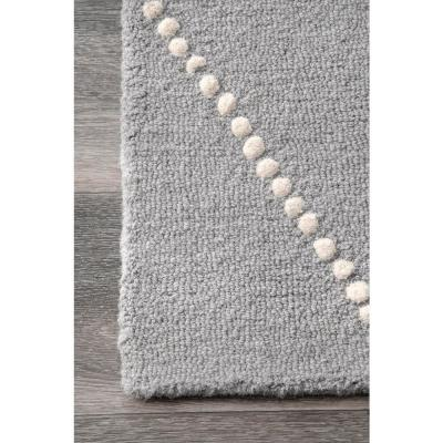 Dotted Diamond Trellis Light Gray 6 ft. x 9 ft. Area Rug