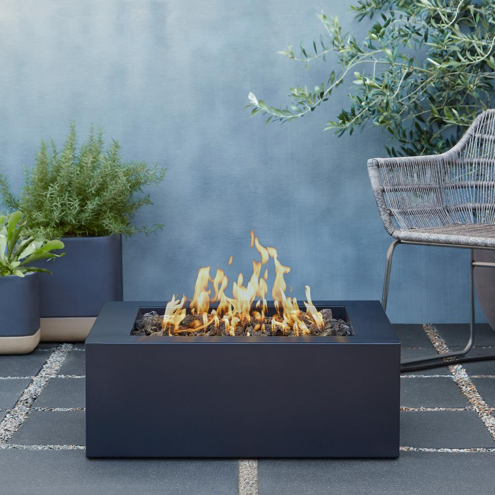 Bryon 30 in. Steel Propane Fire Pit in Raven Black with