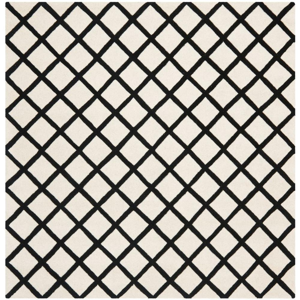 Chatham Ivory/Black 7 ft. x 7 ft. Square Area Rug