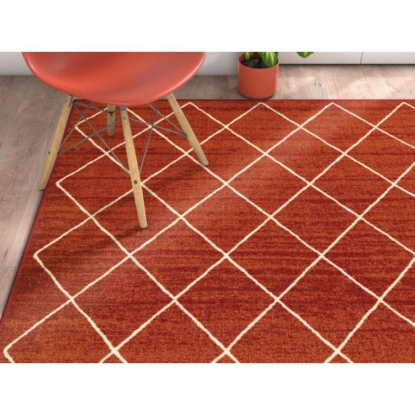 Well Woven Kings Court Clover Red 3 Ft