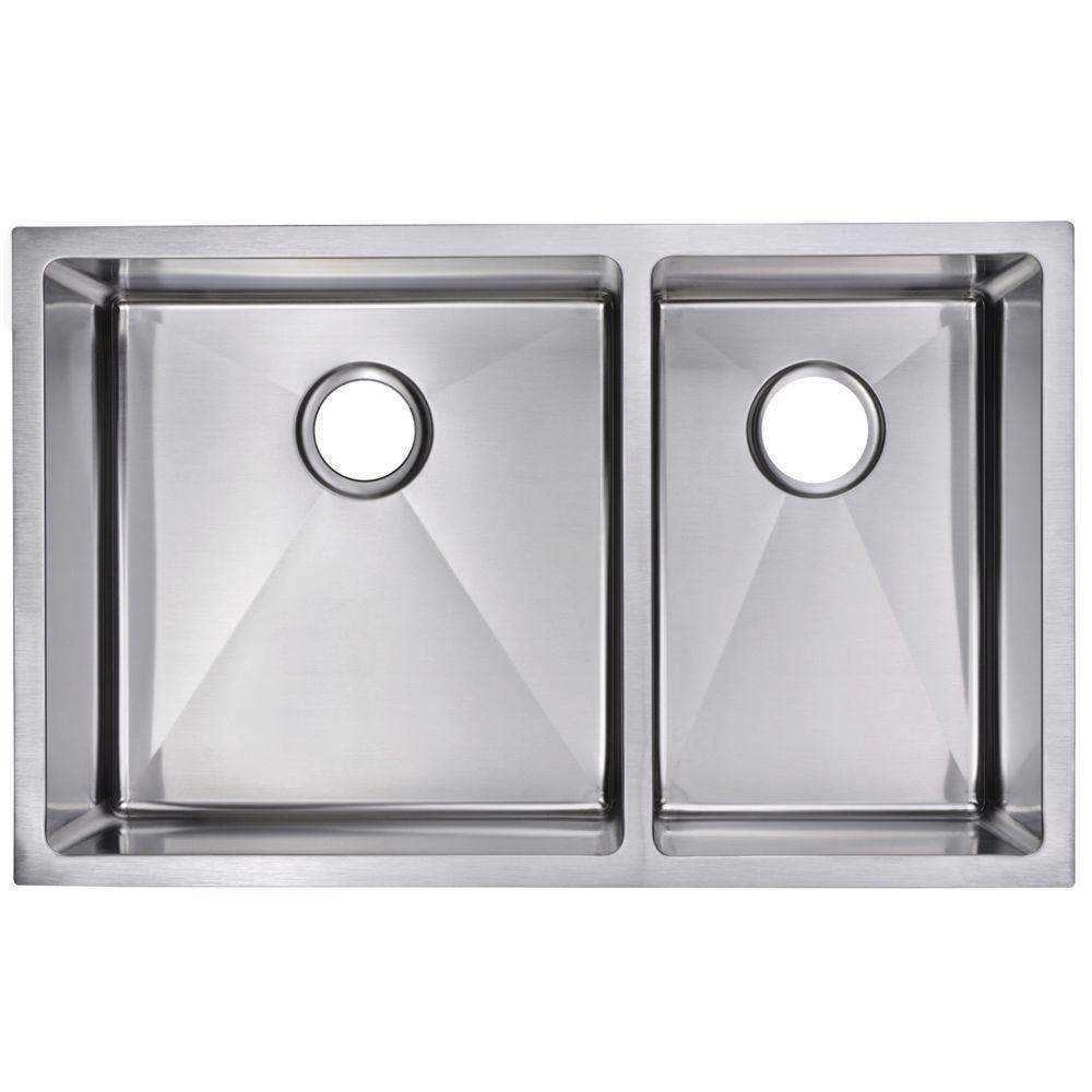 Undermount Small Radius Stainless Steel 32.in 0-Hole Double Bowl Kitchen Sink in Satin Finish