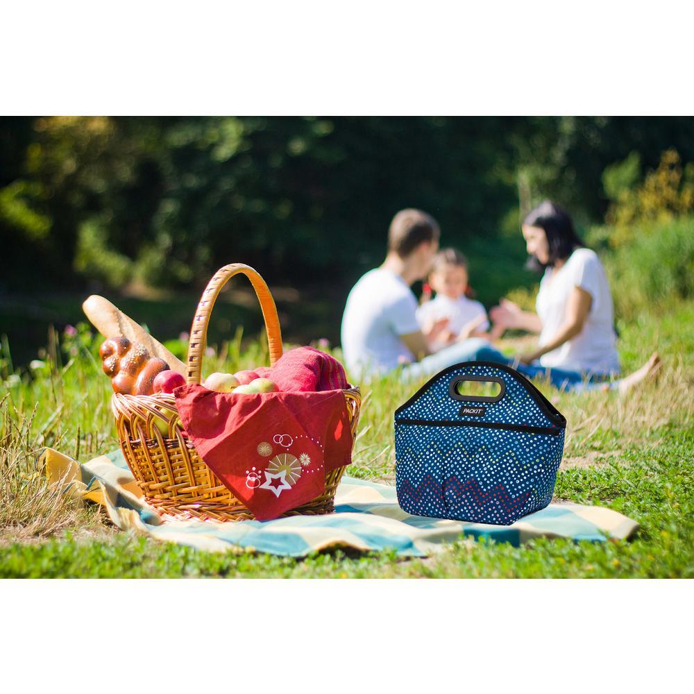 Dottie Chevron Traveler Lunchbag