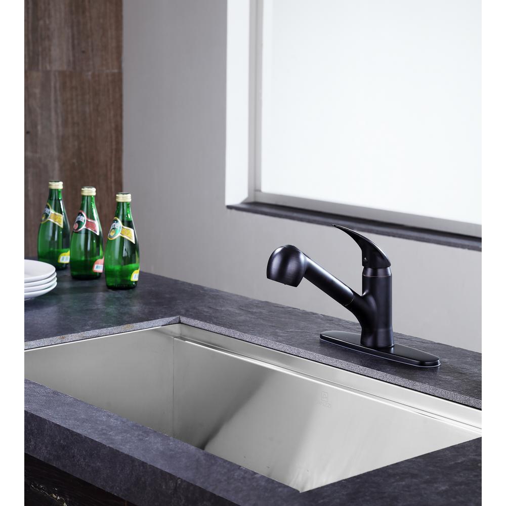 Del Acqua Single-Handle Pull-Out Sprayer Kitchen Faucet in Oil Rubbed Bronze