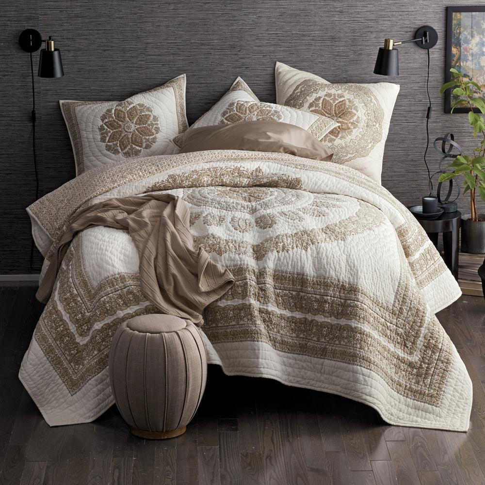 Beaufort Geometric Cotton Textured Quilt