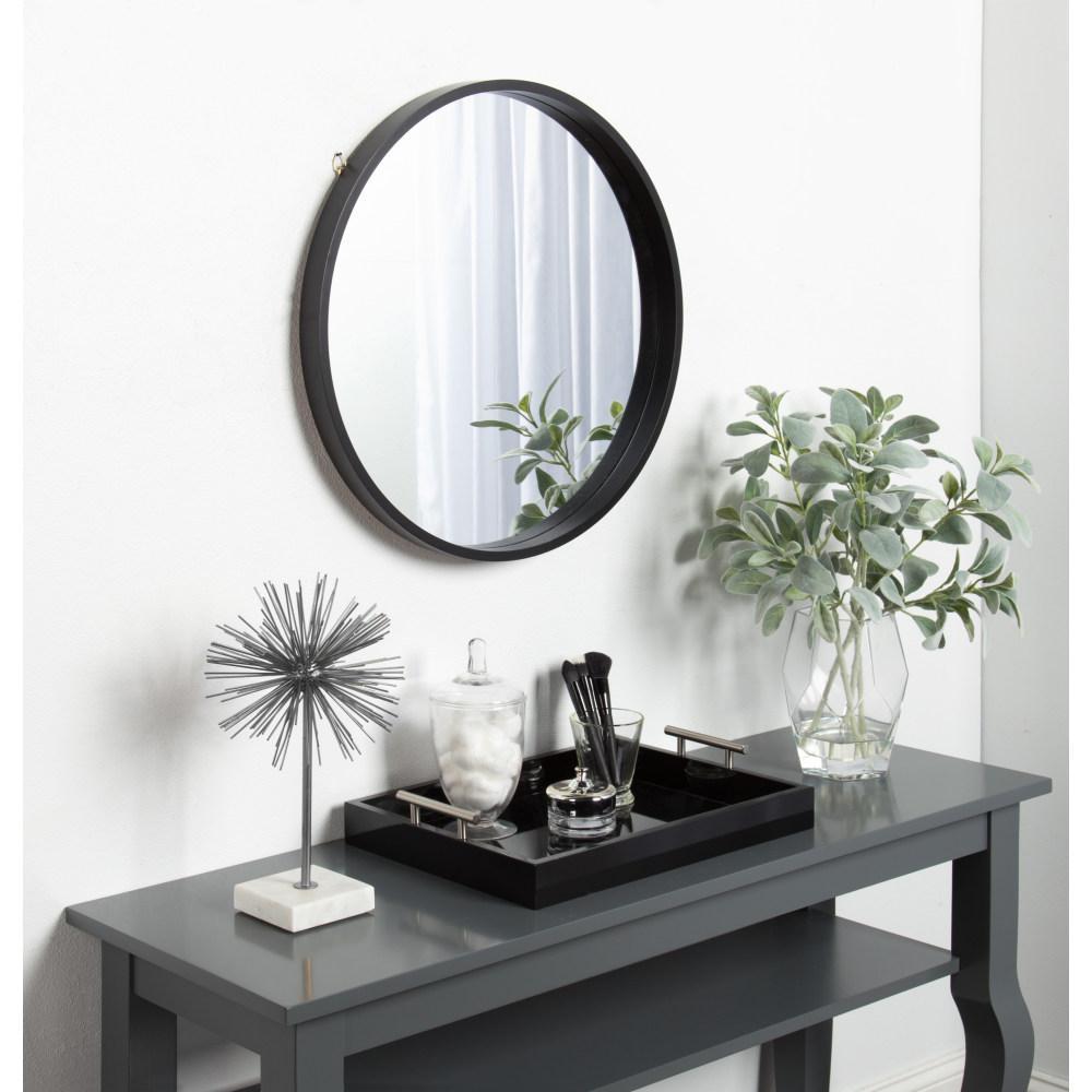 Travis Round Black Mirror