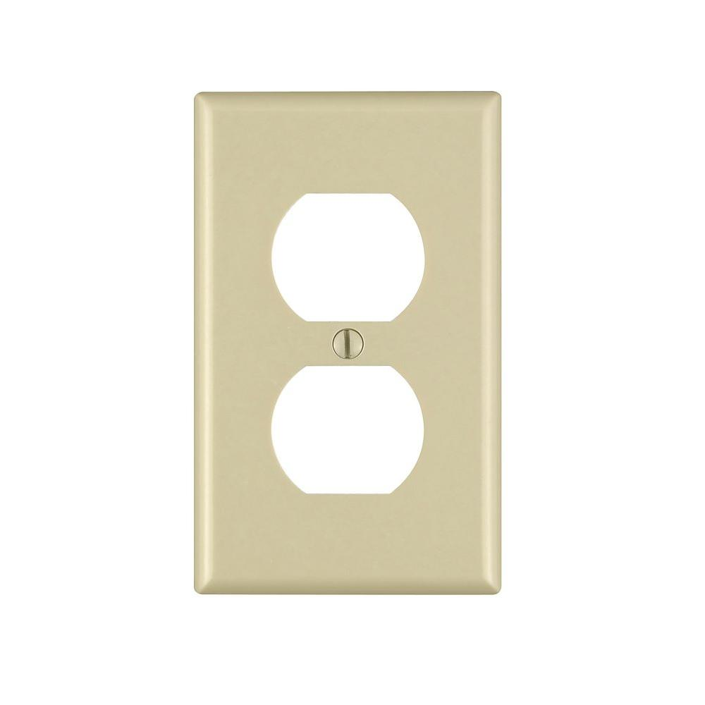 1-Gang Duplex Outlet Wall Plate, Ivory