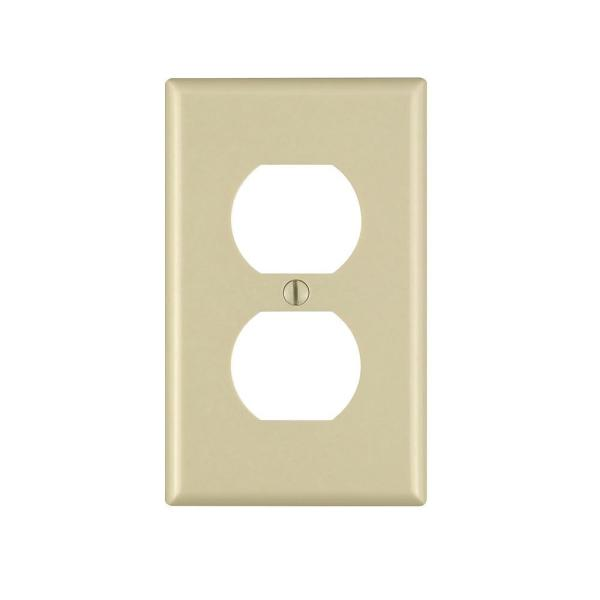Leviton 1 Gang Duplex Outlet Wall Plate Ivory R51 86003 00i The Home Depot