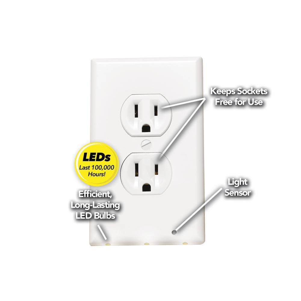 Lighted Duplex White Na Mc6 The Home Depot Decora 15 Amp 4way Switch Whiter58056042ws