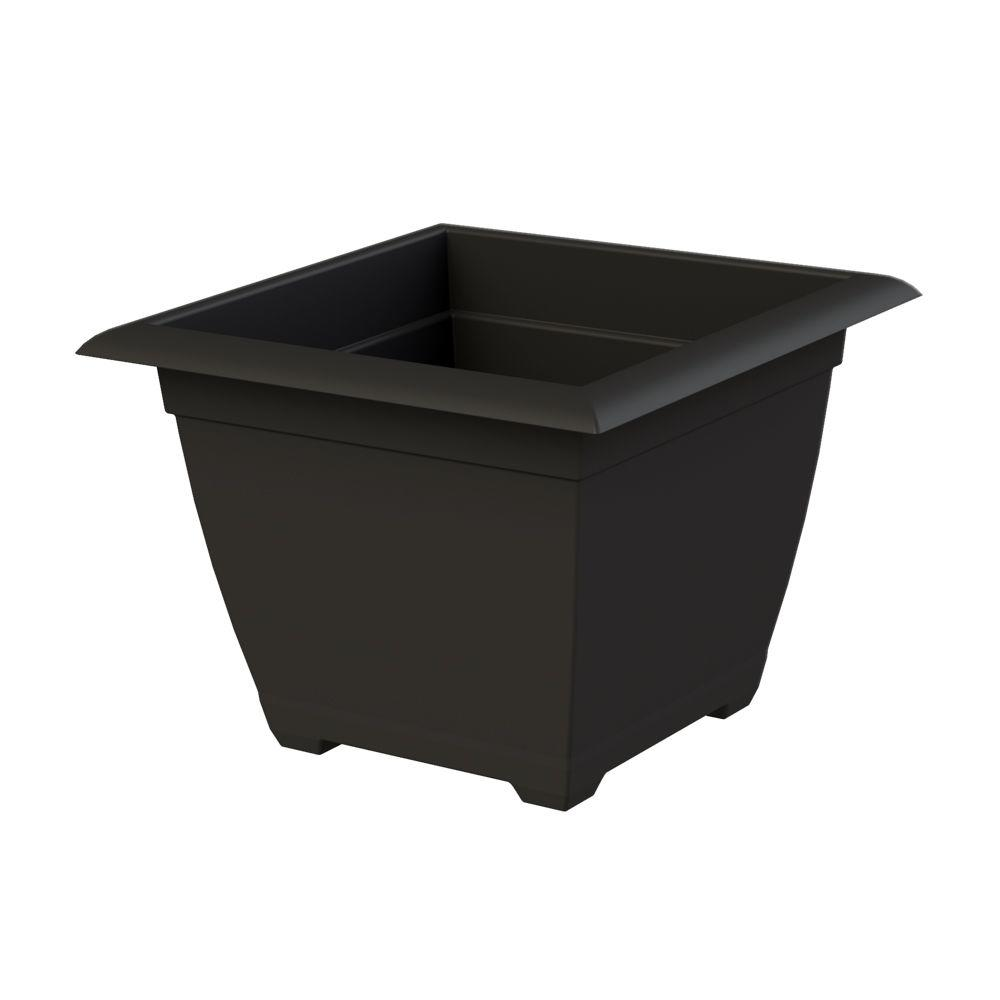 Dayton 14.75 in. W x 11.13 in. H Black Plastic Planter